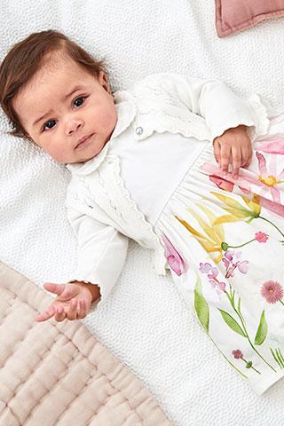 Dievčenské šaty pre bábätká