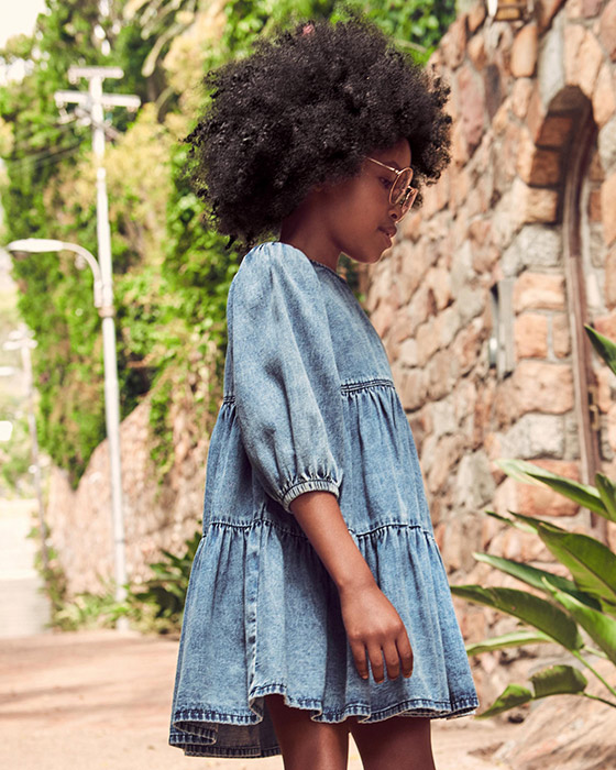 Dievčenské denimové oblečenie