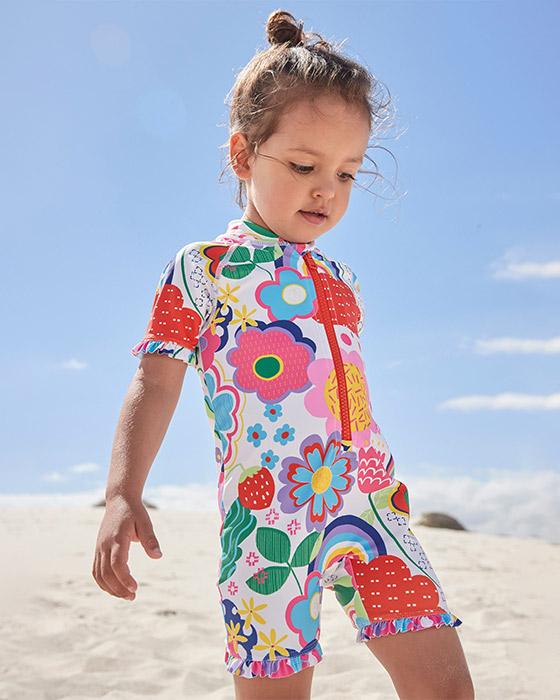 Plavky a oblečenie na pláž pre deti